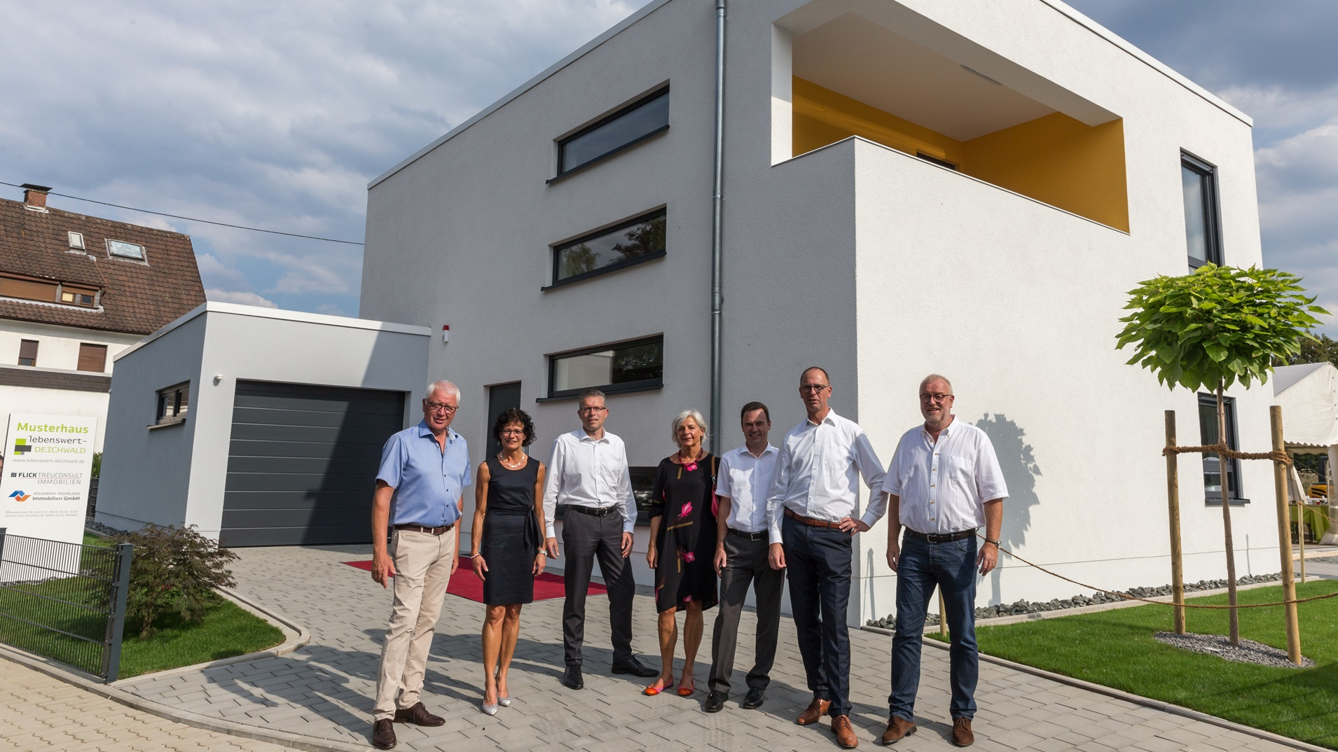 "Musterhaus ""Lebenswert-Deichwald"" feierlich eröffnet!"